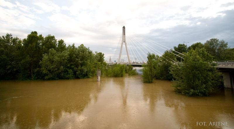 fala powodziowa