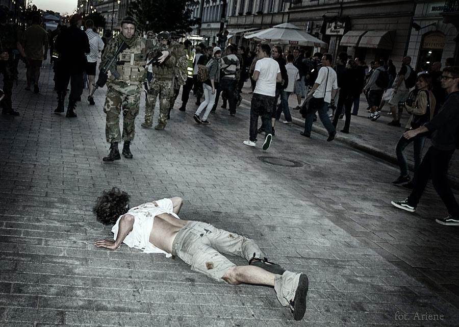zombie_walk_45