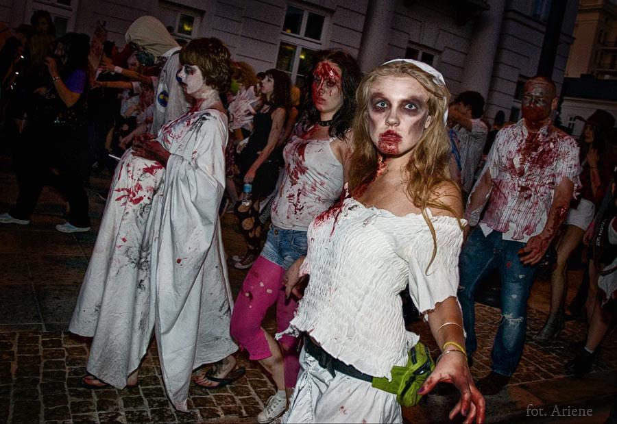 zombie_walk_50