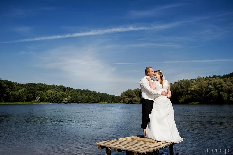 ślubna sesja plenerowa w Serpelicach