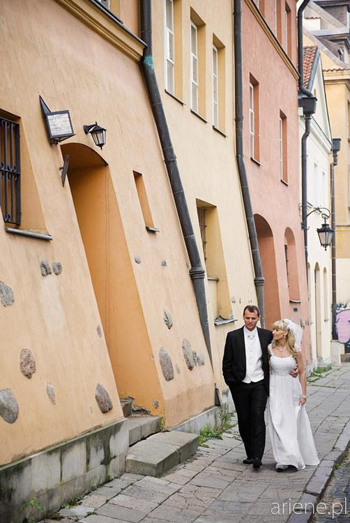 jesienna sesja ślubna plenerowa w Łazienkach Królewskich i na Starówce, Warszawa
