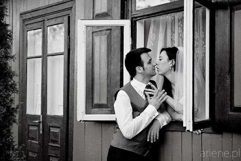 sesja ślubna na wsi w Soboniu