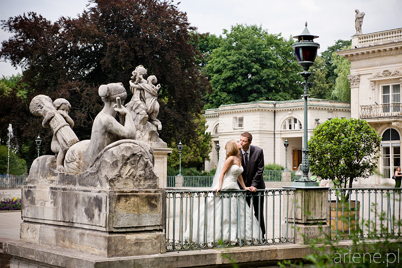 sesja plenerowa ślubna w Łazienkach Królewskich w Warszawie