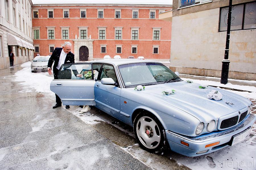 ślub w Pałacu Ślubów na Placu Zamkowym, Jaguar do ślubu