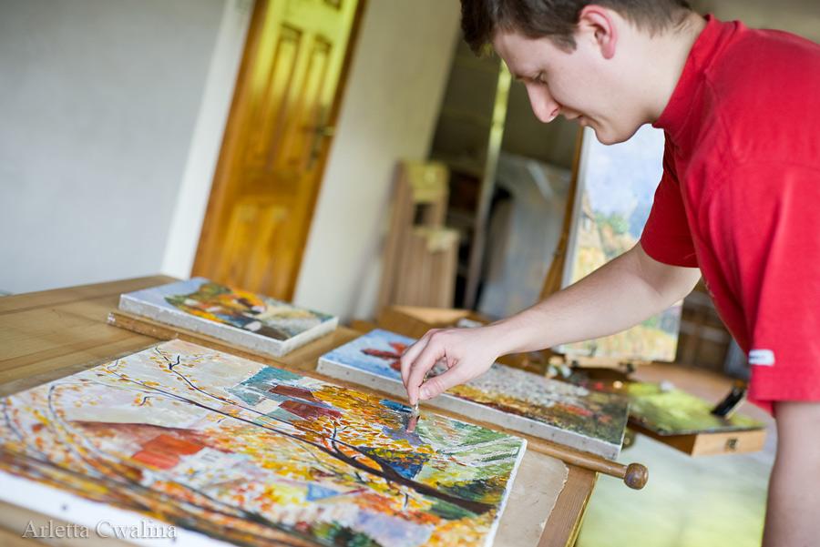 malowanie obrazów w pracowni