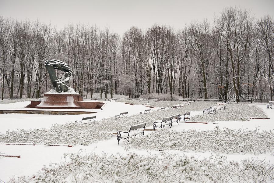 zimowy pomnik Chopina