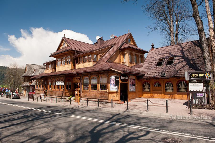 drewniana restauracja Zośka
