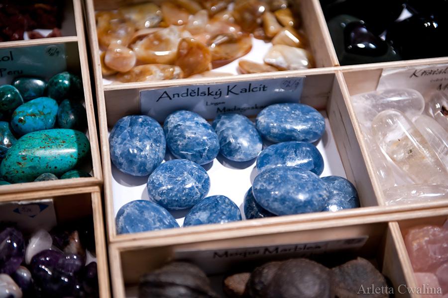 niebieski kalcit