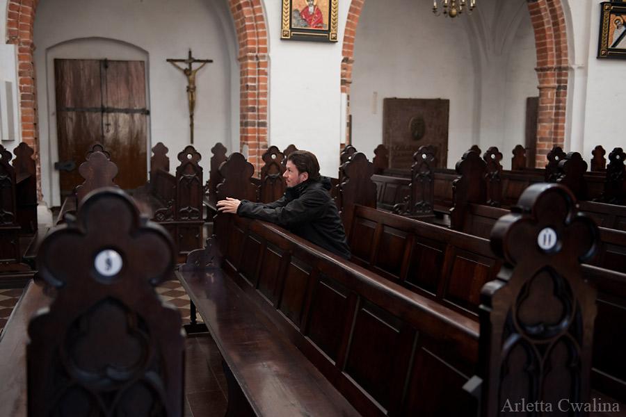 modlitwa w ławkach