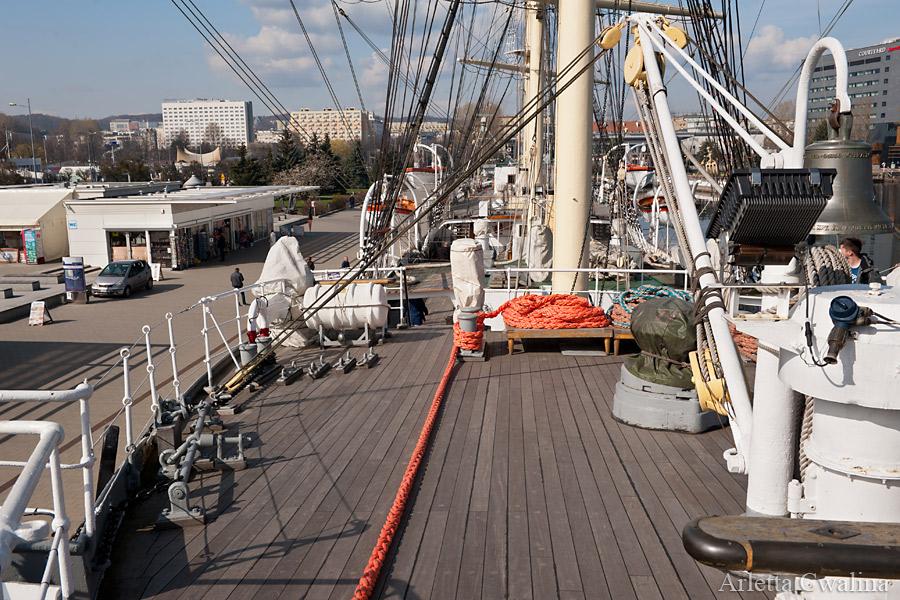 pokład statek Dar Pomorza w Porcie Gdynia
