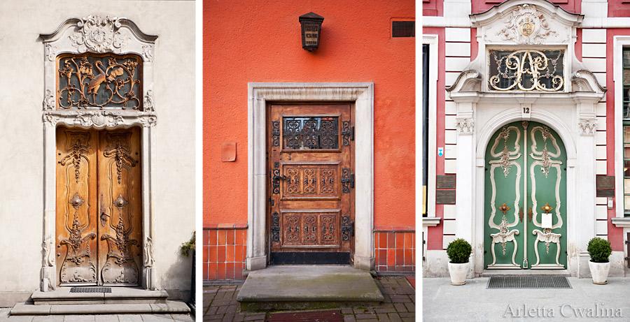 ozdobne drzwi w Gdańsku